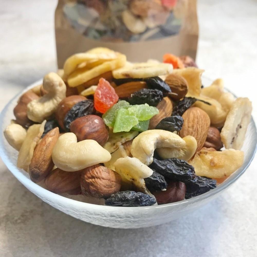 Набір-мікс горіхи та сухофрукти 200г
